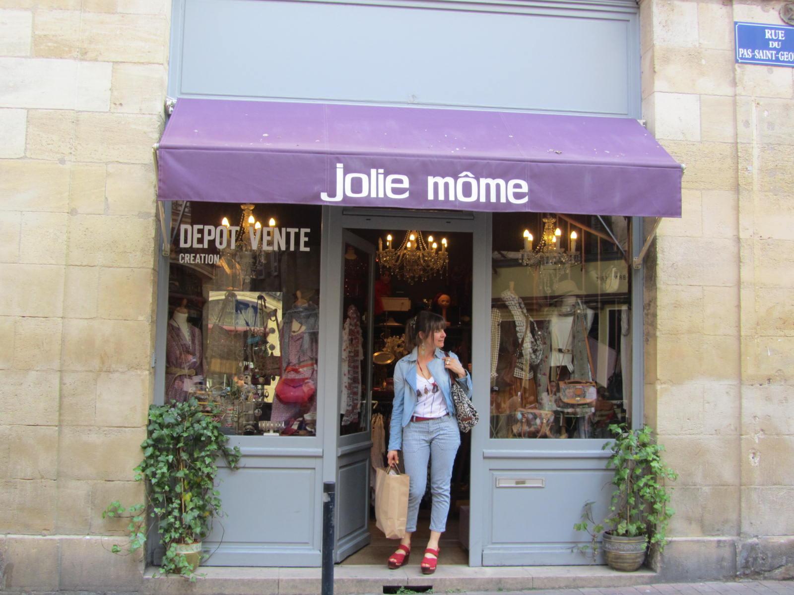 Pensez Au Dépôt Vent Jolie Môme – Groupe Sister c465d3864ee1