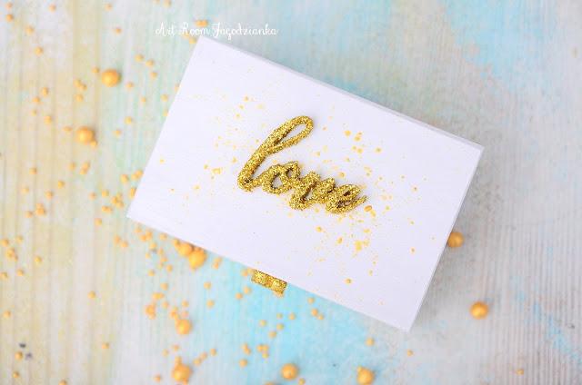 { z cyklu} SYGNOWANE MIŁOŚCIĄ: love is in the air.