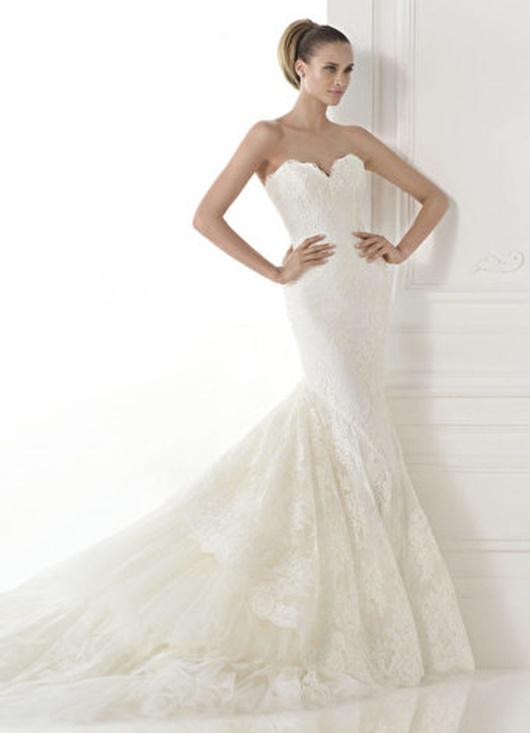 Brautkleider mit Herzförmlichen Kragen