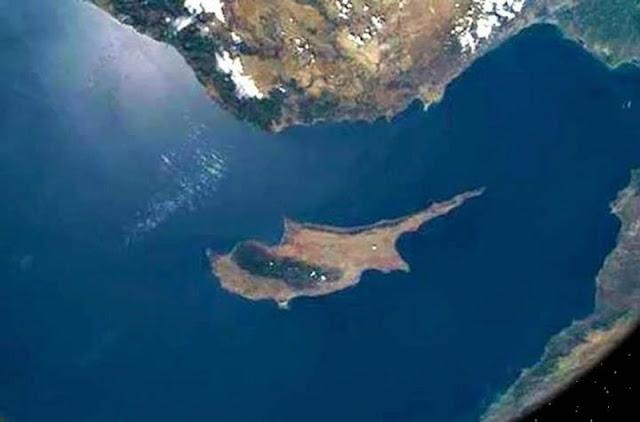 """""""Επιθετική κίνηση"""" στην κυπριακή ΑΟΖ ετοιμάζει η Τουρκία"""
