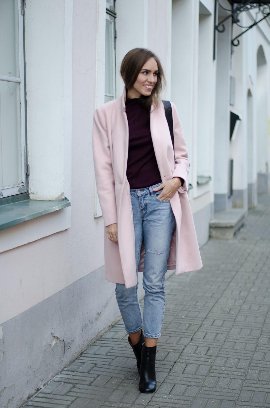 pink coat burgundy jumper boyfriend jeans