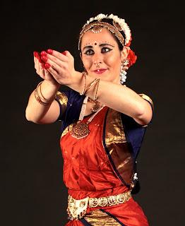 daria mascotto danza indiana bharta natyam milano