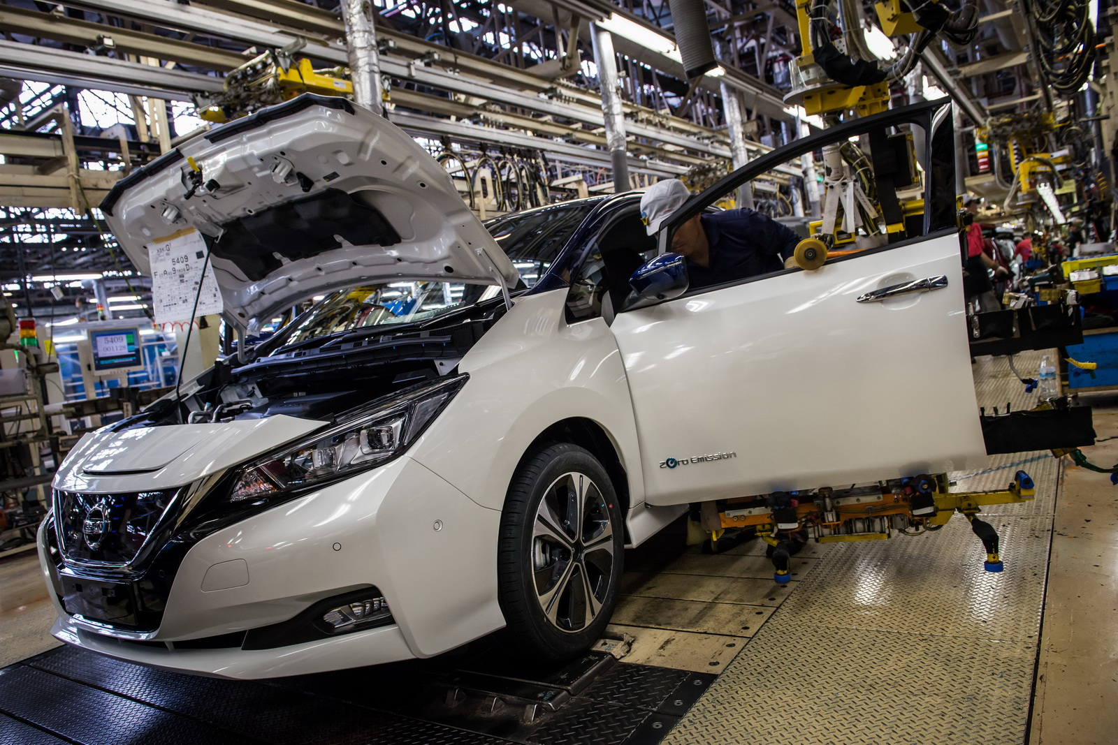New Nissan Leaf Officially Launched In Europe Launch Edition