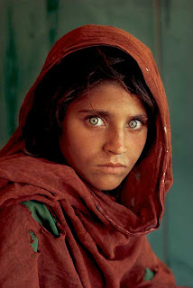imagen mujer+ojos verdes