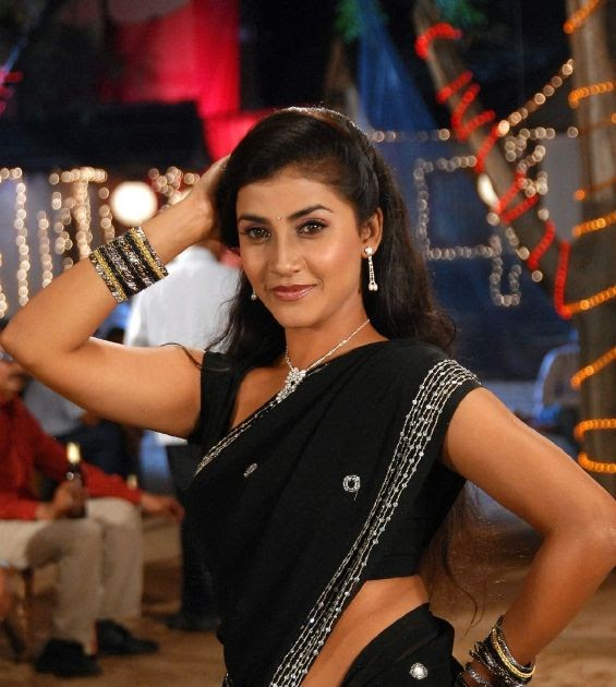 Actress Kausha Black Saree Photos