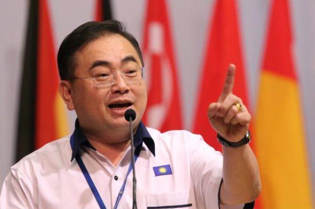 Pemimpin Gila Kuasa Datang Dari DAP - Wee Ka Siong #MCA