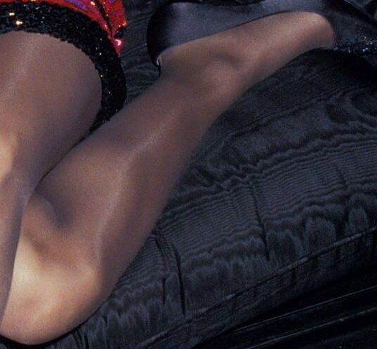 naked woman squatting gif