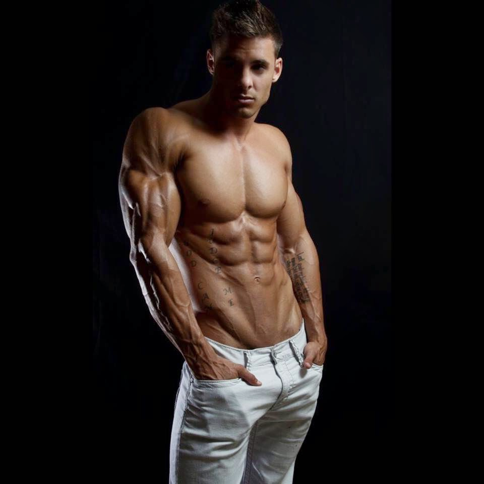 Daily Bodybuilding Motivation: Simply Amazing Logan Franklin - Ripped - Muscular - Uber Aesthetic