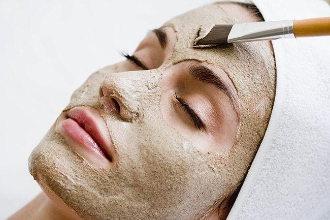 Bật mí mặt nạ mùa hè từ bột kiều mạch và cám gạo cho da nhờn