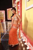 Anjali sizzling in Mada Gaja Raja-thumbnail-4