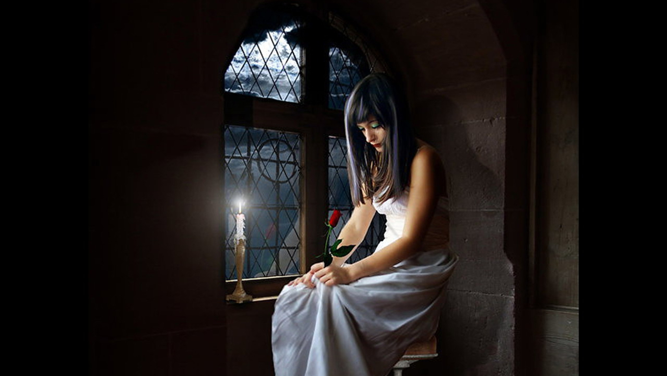 Sad Girl Sitting Alone Hd Wallpapers Cute Girl Heart Broken And Upset After Love Breakup Images