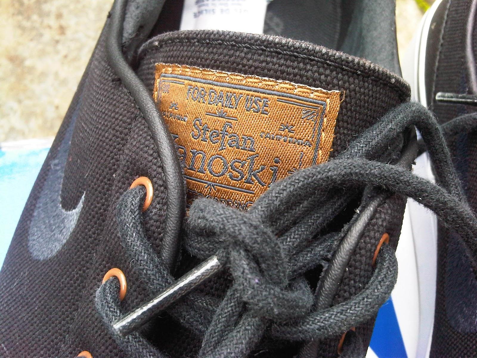 8995a476dbc2 Low profile canvas Nike SB Zoom Stefan Janoski pro model skate shoes feature  a durable black canvas upper