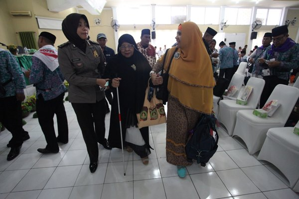 Meski Buta, Nenek Ini Tetap Berangkat Dan Niatkan Haji Untuk Ayahnya Yang Sudah Meninggal