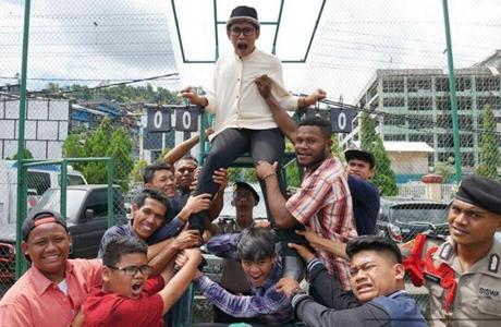 CongQ Perwira, Musisi Asal Padang Produseri Kontes Stand Up Comedy Papua 2017