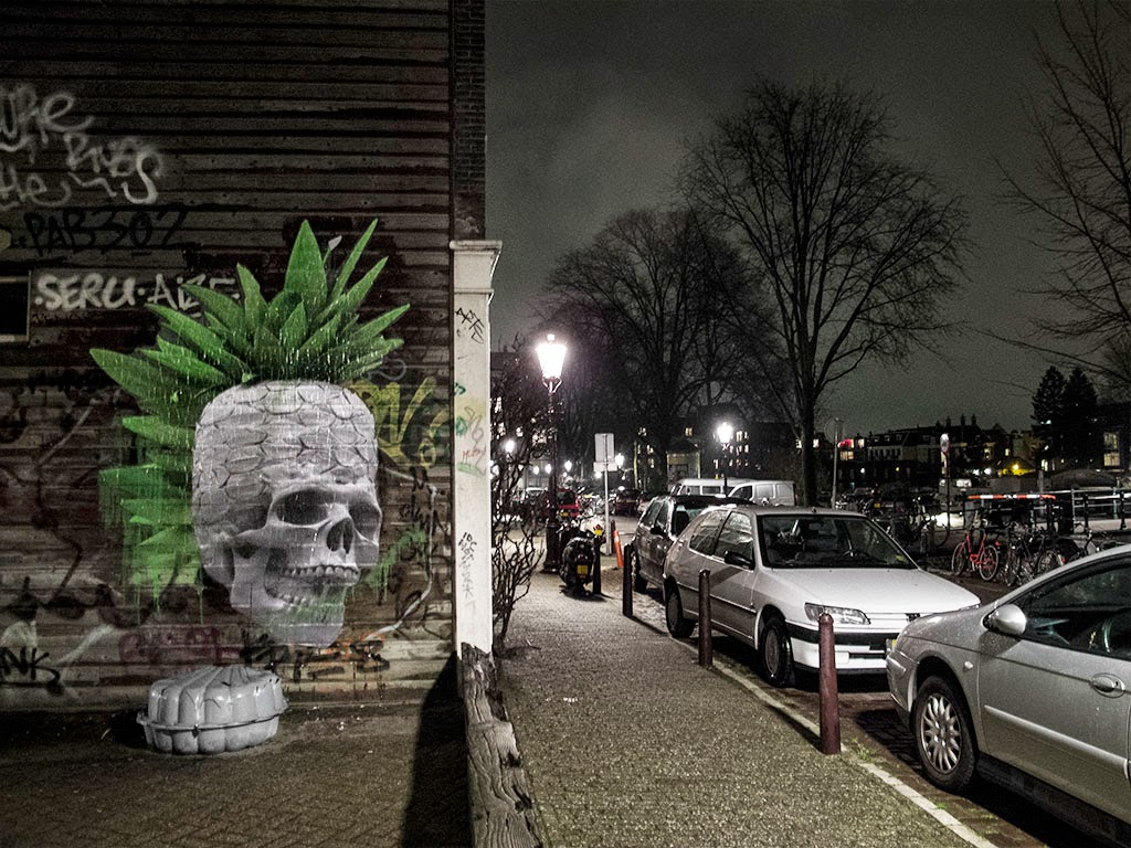 Ludo is currently spending some time on the streets of Amsterdam in Netherlands where he just finished working on a first batch of pieces.