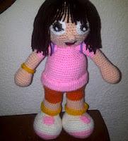 http://novedadesjenpoali.blogspot.com.es/2012/10/dora-la-exploradora-amigurumi.html