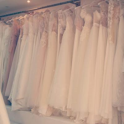 Suknie ślubne w salonie Vogue&She.
