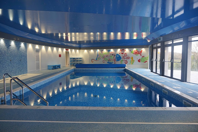 Indoor pool Bosinver
