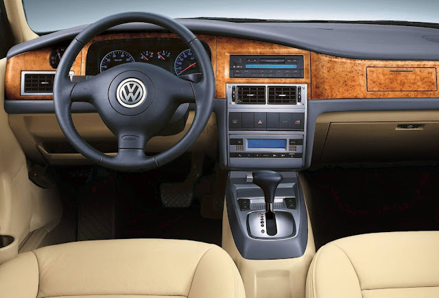 VW Santana Vista 2012