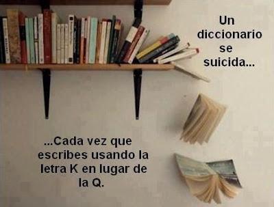 Meme de humor sobre libros con diccionario suicida por faltas de ortografía