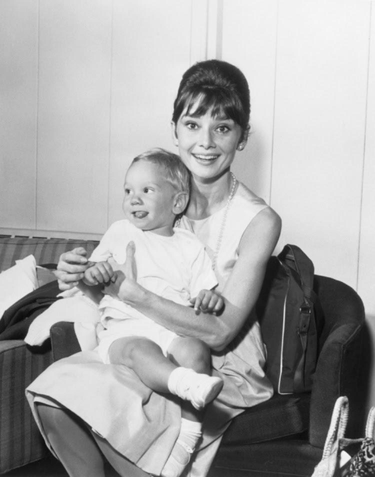 A Vintage Nerd Audrey Hepburn Old Hollywood Moms Vintage Moms