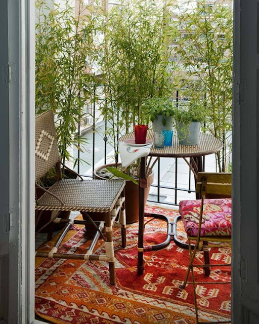 Ideas For Decorating Small Balconies 7