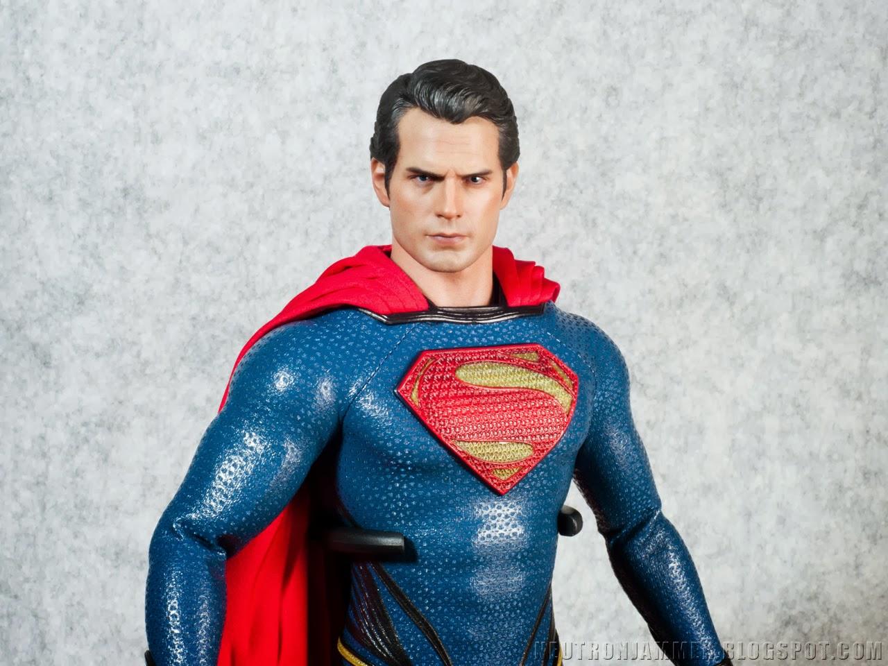 Neutron Jammer: Hot Toys: Man Of Steel - Superman Movie Masterpiece Review