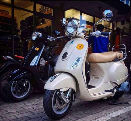 harga dan spesifikasi Vespa LXV 150 cc new used