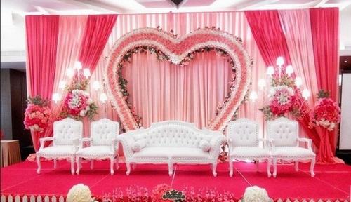 Tentu perlu modal dalam melaksanakan ijab kabul 19 Cara Kreatif Menghemat Pesta Pernikahan
