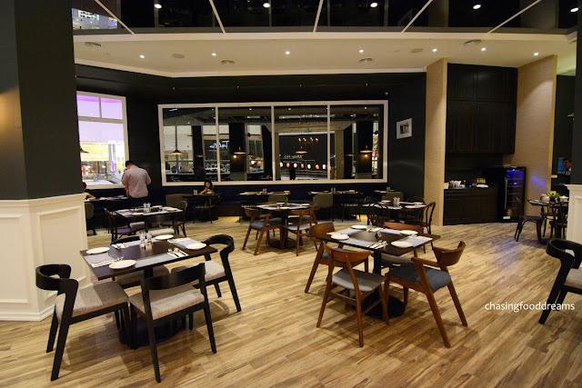 Fine Furniture Dining Room Sets