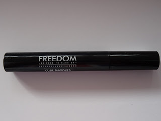 Freedom Curl Mascara a Volume Black Makeup Revolution