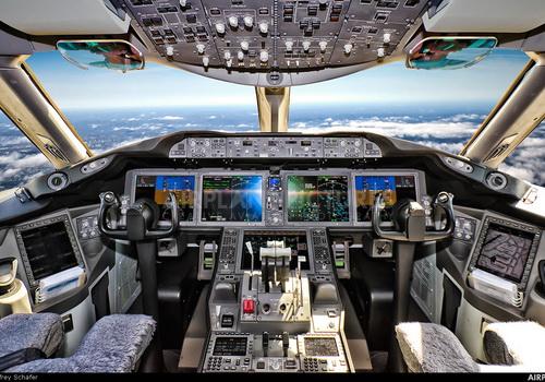Tinuku Boeing develope pilotless jet airliner