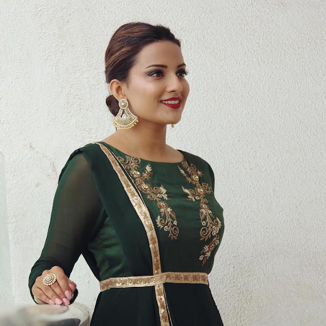 Jyoti-Sethi-Images