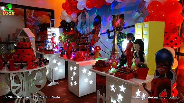 Mesa decorativa tema Miraculous