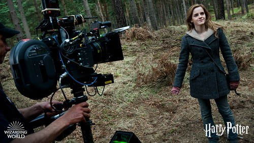Harry Potter Camera Crew : Emma watson updates: new picture of emma watson on set of harry