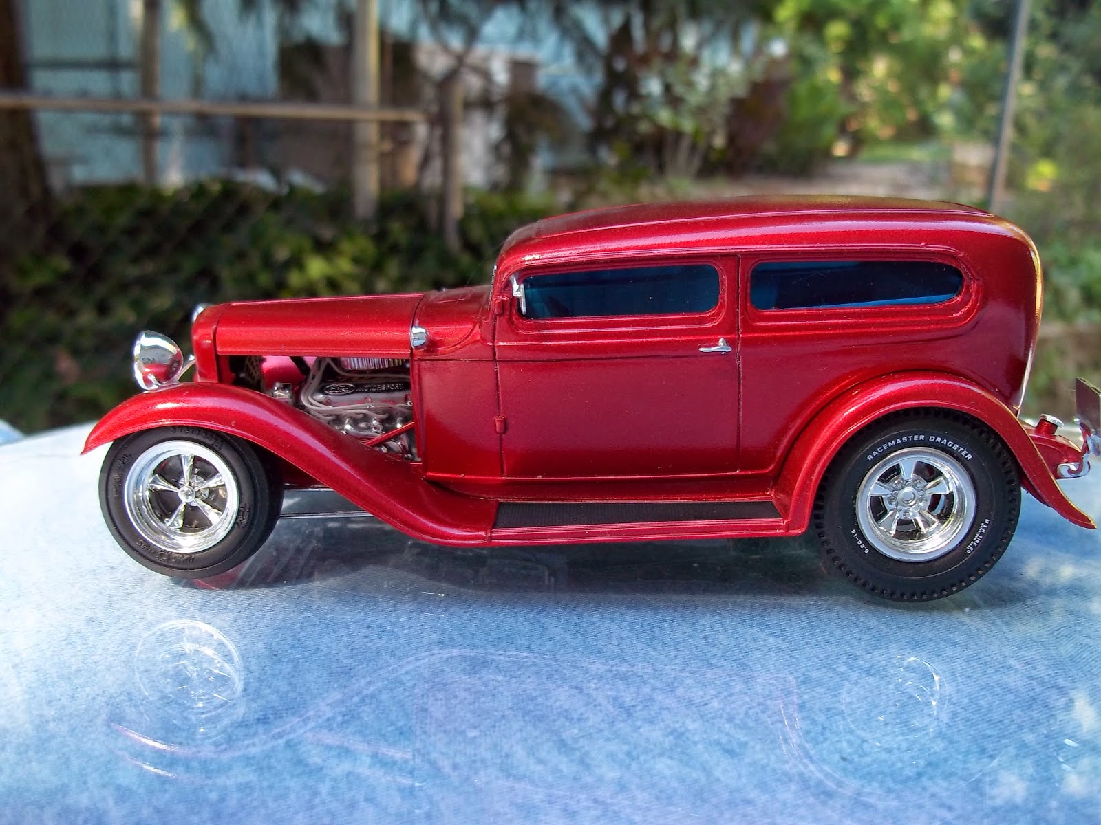 living plastic: Revell 32 Ford Custom chop build up
