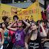"""Página """"Mulheres contra Bolsonaro"""" no Facebook sofre ataque e fica fora do ar."""