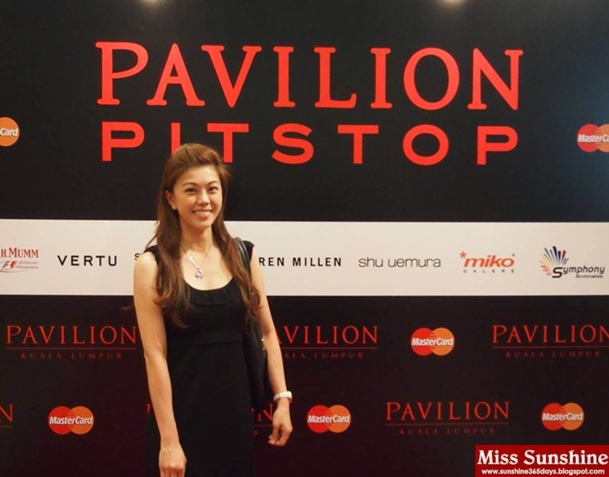 61c83cd74da 'A Glamorous Night of Fashion' was hosted by Pavilion KL and MasterCard  Worldwide in conjunction with Pavilion Pit Stop, which presents five ...
