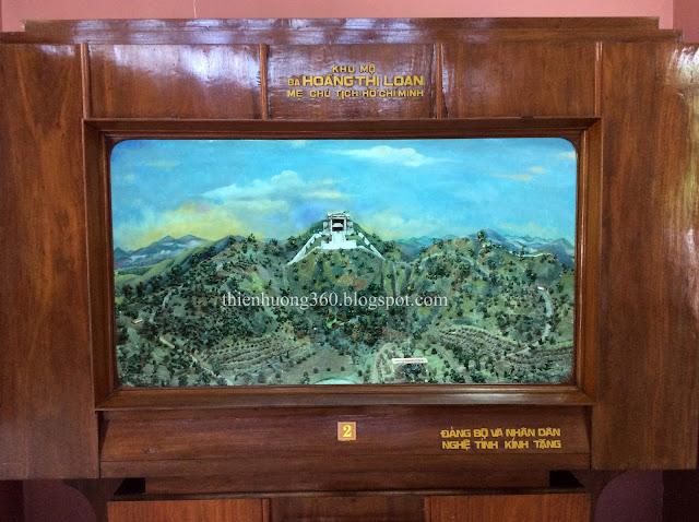 Khu mộ bà Hoàng Thị Loan ở núi Tam Tầng, dãy núi Ngự Bình, TP Huế (1901-1922)