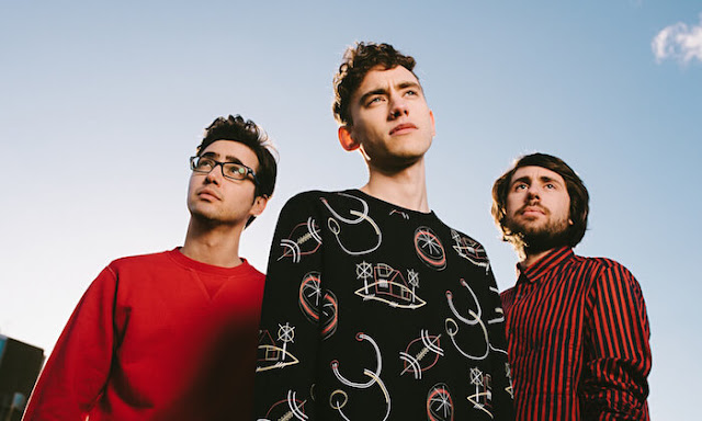 Video: Years & Years - Worship