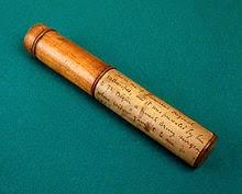 Salah satu stetoskop asli milik Rene Theophile Laennec terbuat dari kayu dan kuningan