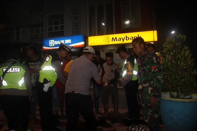 Jelang Pilpres, Yonif PR 503 Kostrad dan Polres Kompak Razia Premanisme di Mojokerto