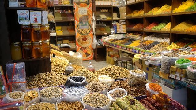 Γιασίλ Μπαζάρ: Χρώματα, γεύσεις και αρώματα από τον Καύκασο (βίντεο)