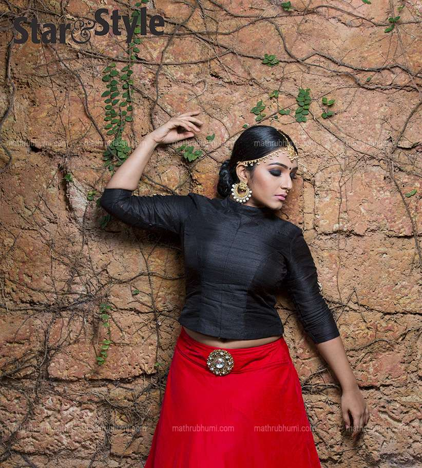 Rajisha Vijayan Photos Gallery