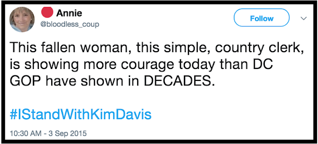 Tweet re praising county clerk Kim Davis for breaking the law and hating the gays.png