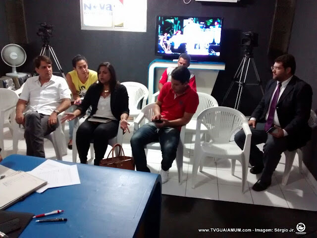 Pré candidatos participam de reunião para serie de entrevista na TVGuaiamum/106,3FM