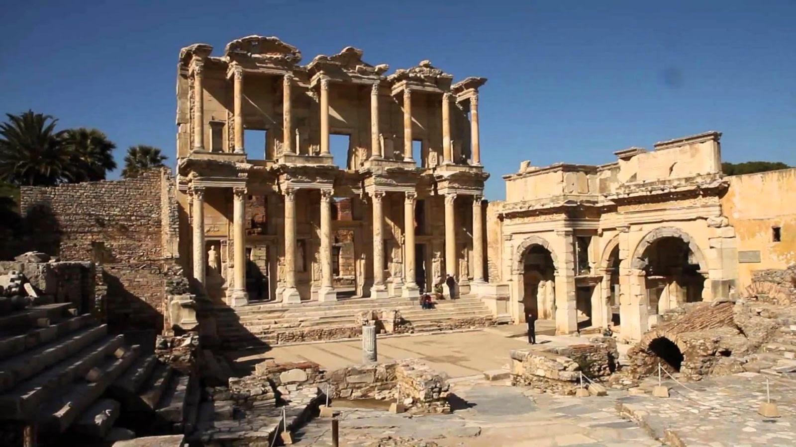 Biblioteca-de-Celso-em-Éfeso-Turquia