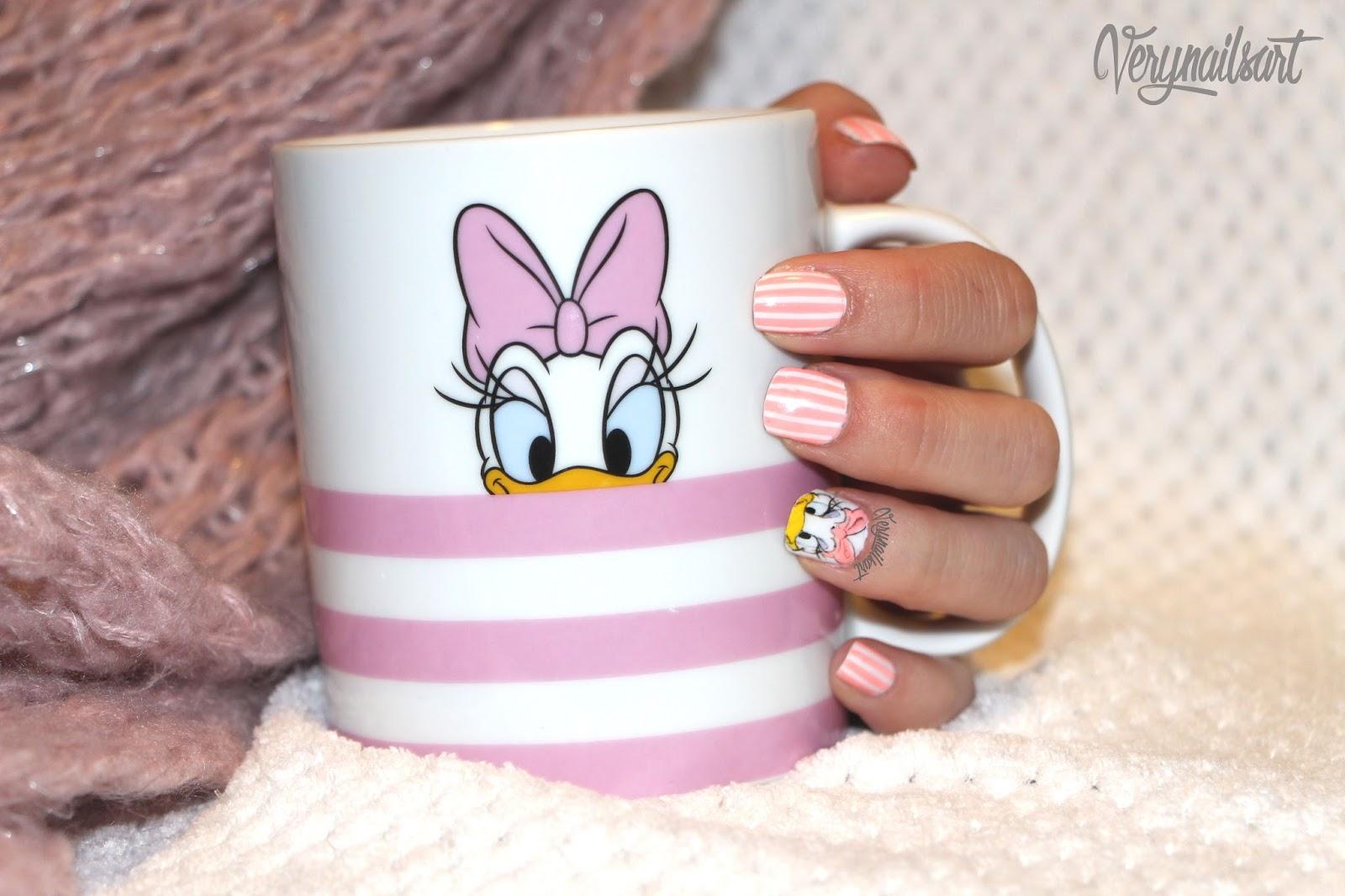 Uñas Decoradas Con Personajes De Disney Daisy Verynailsart
