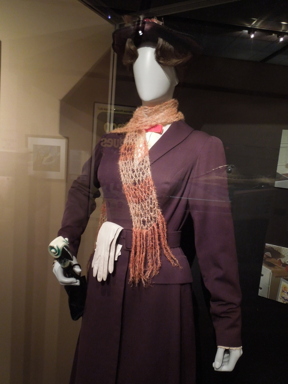 Hollywood Movie Costumes And Props: Julie Andrews Iconic