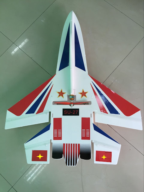 Máy bay điều khiển từ xa SU-27